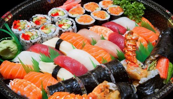 Cara Mudah Membuat Sushi Sederhana Sendiri di Rumah